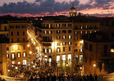 Piazza di Spagna, panorama notturno